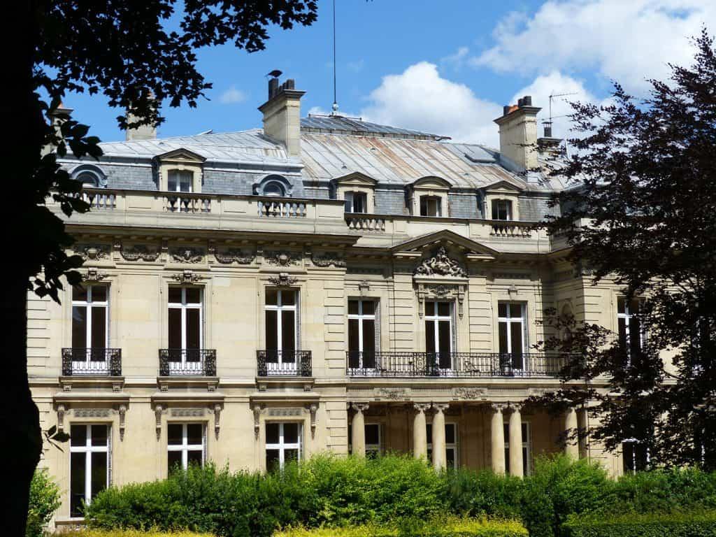 Façade sur jardin de l'Hôtel Salomon de Rothschild