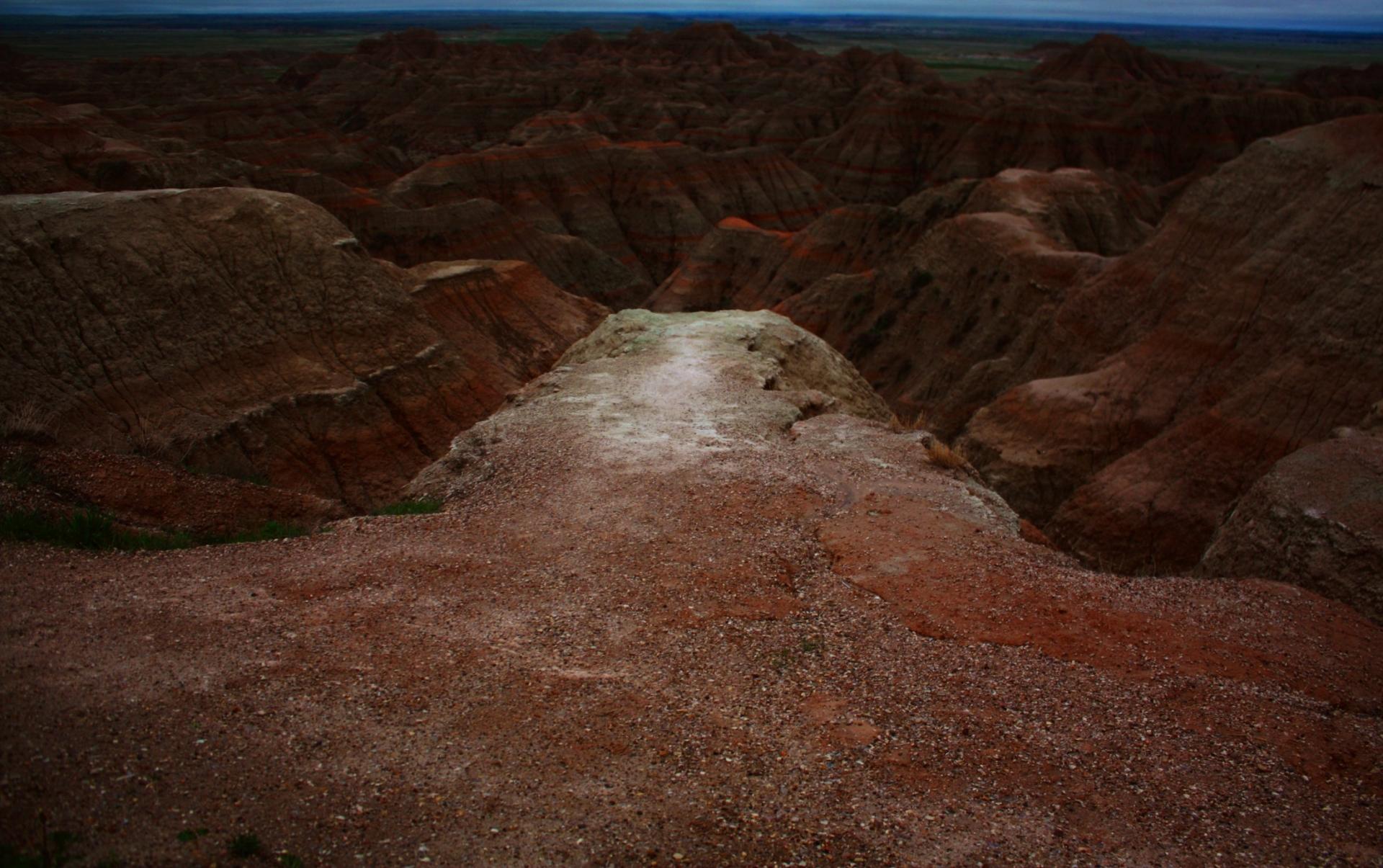 Image extraite du film Le Serpent Noir (Sacred Stones, South Dakota), 42', couleur et n&b, Cécile Hartmann 2020.
