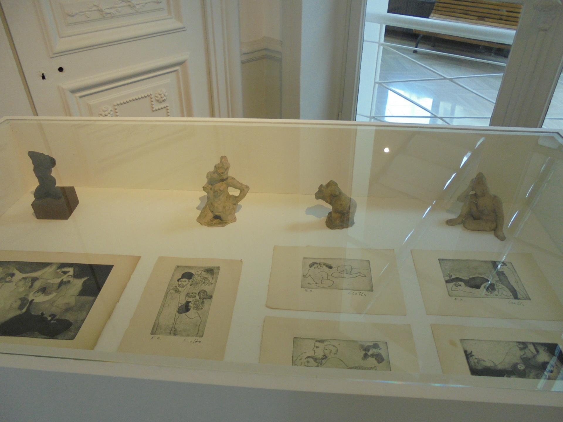 """Vue de l'exposition, """"Un américain à Paris"""" (2)"""