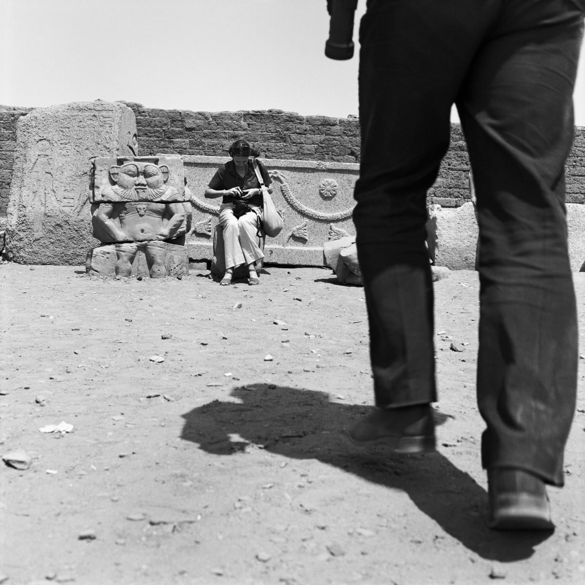 denis-roche-27-mars-1981--denderah-egypte-courtesy-galerie-l
